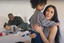 Photo of Kim Kardashian divorţează de Kanye West